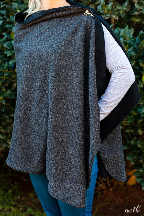Reversible Poncho by Annemae
