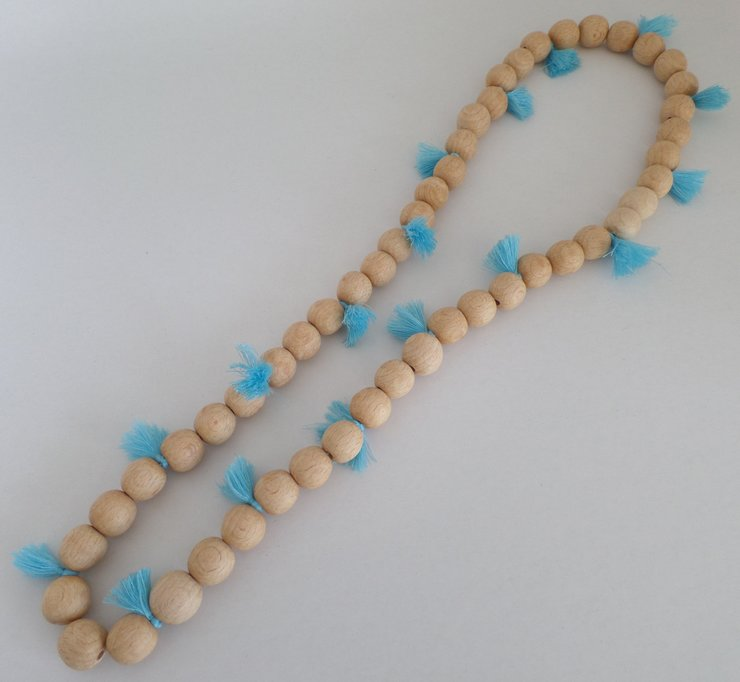 wood necklace by island of crafts