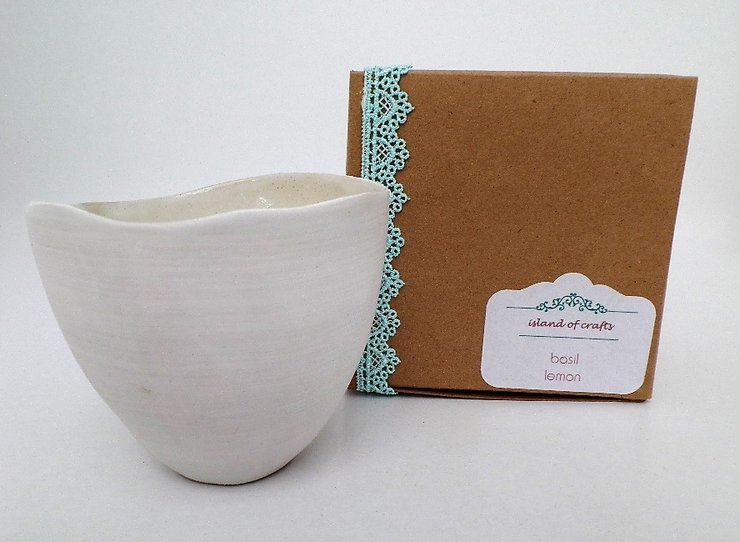 Candle basil-lemon by island of crafts