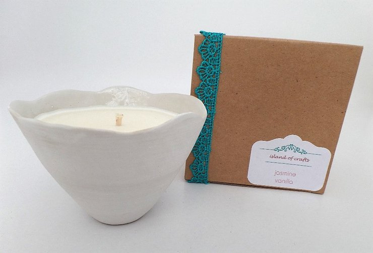 Candle jasmine-vanilla by island of crafts