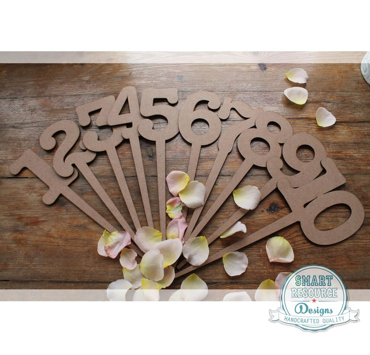 Table Numbers Wood 1-10 (M0061) by Miss Magpie