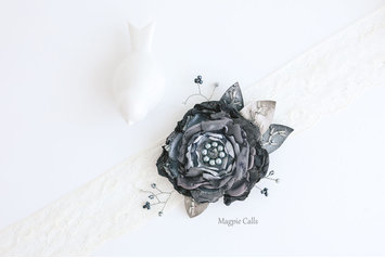 Zoe silver and charcoal floral comb by Magpie Calls
